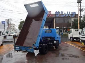 エルフトラック ダンプ