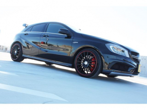 Aクラス A45 AMG 4マチック